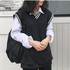 UNISEX (ALWAYS OPEN) (@_dino.store_) • Ảnh và video trên Instagram Menswear, Backpacks, Street Style, Hoodie, Mens Fashion, Unisex, Summer, T Shirt, Jackets