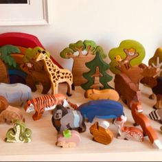 Waldorf Playroom, Waldorf Montessori, Waldorf Toys, Perfect Image, Perfect Photo, Small World, Pet Toys, Kids Toys, Cardboard Box