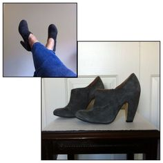 """Topshop Grey Suede Ankle Boots GUC US Size 10 (Marked 41) - TTS 4 1/2"""" Heel 1/2"""" Platform  So so cute Grey Suede Ankle Boots. Chunky heel with leather uppers, made in Spain.  Side zip for easy on/off. Gently worn, no scuffs or nicks on the suede. Normal wear on bottom soles. No box.  (28) Topshop Shoes Ankle Boots & Booties"""