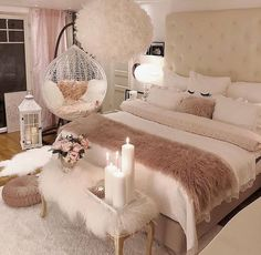 35 Warm and Romantic Bedroom Decoration These trendy Bedroom ideas would gain you amazing compliments. Check out our gallery for more ideas these are trendy this year. 35 Warm and Romantic Bedroom Decoration Teenage Girl Bedroom Designs, Bedroom Decor For Teen Girls, Teenage Girl Bedrooms, Trendy Bedroom, Modern Bedroom, Contemporary Bedroom, Girls Bedroom Ideas Teenagers, Feminine Bedroom, Small Bedroom Ideas For Teens