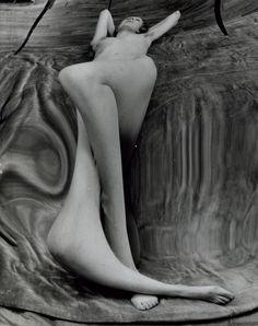 André Kertész :: Distortion # 137, 1933