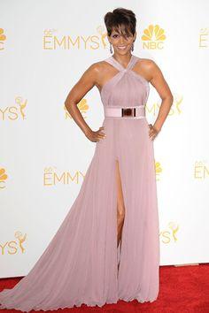 Red Carpet: La 66 Edición de los Primetime Emmy Awards HALLE BERRY
