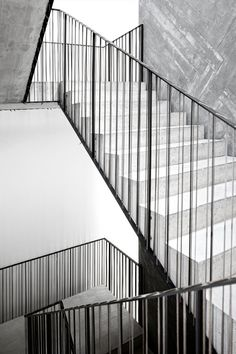 Casa do Conto, arts&residence, Porto, 2008 bit.ly/xqZhXD #archilovers #architecture #stair