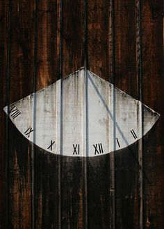 Love this painted sundial