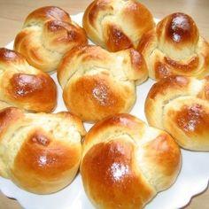 Bystry Recipe Buns with milk. Tasty Bread Recipe, Bread Recipes, Baking Recipes, Pasta Recipes, Cooking Bread, Bread Baking, Russian Recipes, Top 5, Unique Recipes