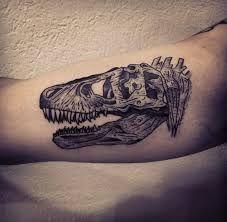 Resultado de imagen para dinosaur skeleton tattoo