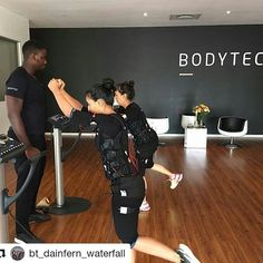 Mother and daughter power session at Bodytec Dainfern  Trained by: @tapiwachris05 #Bodytec #ems #training #fitness #flex #strength #power #fitfam #lifestyle #20mins #active #workout #fit #motivated #noexcuses #abs #squats #transformation #bodygoals #technology #share #f4f #personaltrainer #like #repost @bt_dainfern_waterfall #trainingfitness