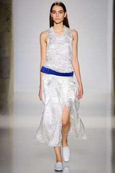 Victoria Beckham Spring 2016 Ready-to-Wear Collection - Vogue