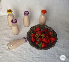 Coisas simples são a receita ...: Iogurte líquido de morango e baunilha