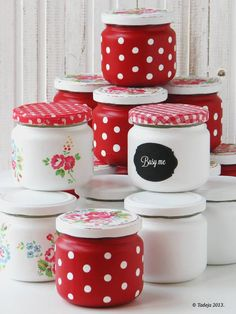 T and T red polka dots jars