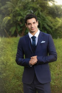 This Scorpion (Elyes Gabel) cleans up nicely