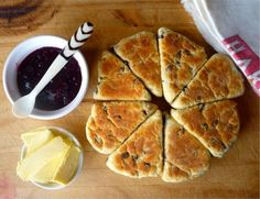 Sunday Hotpants, Girdle Scones - a Rustic Scottish Scone - pan fried scones, technique for Welsh Cakes?