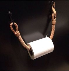 Simple fancy and DIY toilet roll holder for DIY - Octopus Tattoo - Garden Pot Design - DIY Bathroom - Hairstyle For School - Ideas DIY Jewelry Best Toilet Paper, Diy Toilet Paper Holder, Diy Bathroom, Bathroom Toilets, Guest Bathrooms, Bathroom Ideas, Outhouse Bathroom, Hotel Bathrooms, Bathroom Things