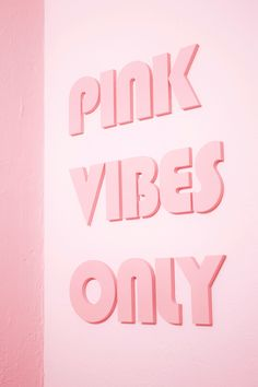 Pink vibes only written with pink letters on a light pink wall. If your looking for beautiful wallpapers for your lock & home screen on your iPhone- you will just the best of them right here:) Pink Tumblr Aesthetic, Aesthetic Roses, Baby Pink Aesthetic, Aesthetic Colors, Aesthetic Collage, Aesthetic Grunge, Aesthetic Vintage, Aesthetic Pictures, Collage Mural