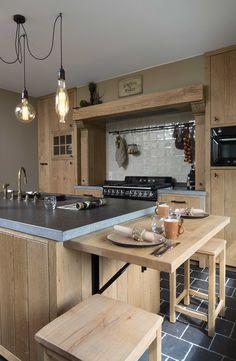 Nood aan een nieuwe keuken? Laat u inspireren door de rustieke retro keuken van De Bosbeke.