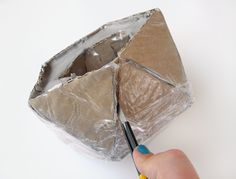 How to Make a Geo Faceted Cement Planter - Tuts+ Crafts & DIY ArticleHave you noticed that cement is having a moment in design and interiors right now? It& certainly my current craft medium obsession! Since making a set of cement coasters, I wanted to tac Diy Cement Planters, Cement Flower Pots, Concrete Pots, Concrete Furniture, Cement Art, Concrete Crafts, Concrete Projects, Papercrete, Beton Diy