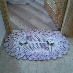 Tapete de croche com flor margarida