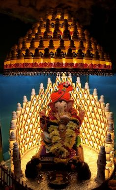 Ganapati Bappa morya!! Small thermacol cup aasan.. Ganesh Decoration 2017! Flower Decoration For Ganpati, Eco Friendly Ganpati Decoration, Ganpati Decoration Design, Mandir Decoration, Diya Decoration Ideas, Ganapati Decoration, Ganesh Chaturthi Decoration, Ganesh Chaturthi Images, Ganesh Images
