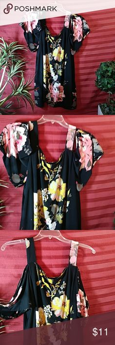 International Concepts cold shoulder blouse Lovely colorful floral pretty yellow pink black white gray color combinations with sparkly glitter shoes beads on this blouse give me a unique look. 95% polyester 5% spandex International Concepts Tops Blouses