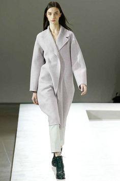 Jil Sander   Fall 2014 Ready-to-Wear Collection   Style.com #Minimalist #Minimalism #Fashion