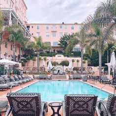 La Valencia Hotel, Mansions, House Styles, Outdoor Decor, Home Decor, Decoration Home, Room Decor, Villas, Interior Design