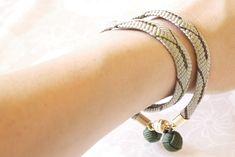 組紐bracelet&choker「 時雨 」   ハンドメイドマーケット minne Japanese Kimono, Bracelets, Accessories, Jewelry, Fashion, Moda, Jewlery, Jewerly, Fashion Styles
