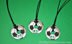 Crafty Confessions: Soccer Team Washer Necklaces