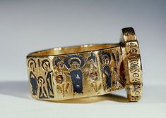 Octagonal Marriage Ring,nscription: [in Greek, on bezel:] Harmony; [around edge of bezel:] Lord, help thy servants, Peter and Theodote; [around edges of the band:] Peace I leave with you / My peace I give to you [John art Byzantine Jewelry, Renaissance Jewelry, Medieval Jewelry, Byzantine Art, Ancient Jewelry, Antique Rings, Antique Jewelry, Vintage Jewelry, Bijoux Design