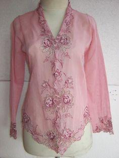 Kebaya Lace, Kebaya Brokat, Batik Kebaya, Kebaya Dress, Kebaya Encim Modern, Kebaya Modern Dress, Kebaya Moden, Batik Blazer, Indonesian Kebaya