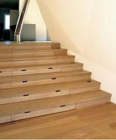 Parquet en escalera aprovechando espacios