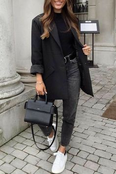 Chic Office Outfit, Outfit Chic, Casual Winter Outfits, Winter Fashion Outfits, Fall Outfits, Office Chic, Teen Outfits, Casual Ootd, Black Blazer Outfit Casual
