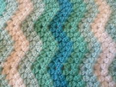 Anne Wilson - Creative Crochet Crew member - granny ripple baby blanket with 3dc cluster :D AMAZING!!!