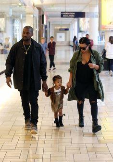 Kim Kardashian Photos - Kim Kardashian And Kanye West Take North To A Birthday Party - Zimbio