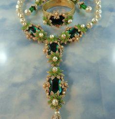 stanley hagler vintage jewelry | stanley hagler vintage jewelry | Signed Stanley Hagler ~ Kelly Green ...
