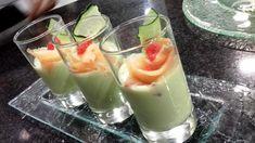 Receta de Crema de pepino, aguacate y salmón