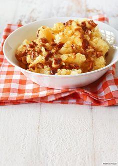 Einer mit Biss und Butter: Geröstete Haselnüsse sind die Krönung. Dazu passt Pilz-Apfel-Pfanne.