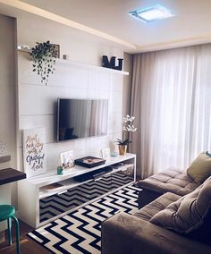 Small Apartment Living, Small Living Rooms, Living Room Designs, Living Room Decor Cozy, Home Living Room, Apartment Interior, Cozy Apartment Decor, Home Decor Furniture, Home Decor Inspiration