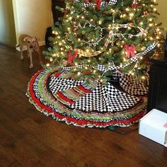 s 15 gorgeous christmas tree skirts that only look expensive, christmas decorations, repurpose household items, repurposing upcycling, seasonal holiday decor, Fabric Scraps Ribbons