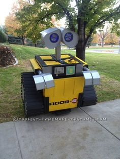 Coolest Homemade Wall-E Halloween Costume... Coolest Homemade Costumes