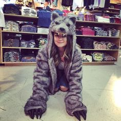 Lucy Hale looks adorable in this wolf costume. Pll Actors, Lucy Hale Outfits, Doodle On Photo, Pll Cast, Wolf Costume, Sasha Pieterse, Pretty Little Lairs, Shes Perfect, Ariana