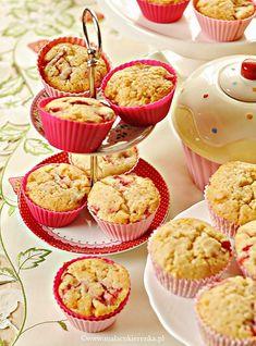 muffiny z truskawkami i biala czekolada