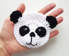 Cute handmade crochet sew on applique PANDA. You can use it to embellish kids ha.Crochet Bear Applique Set of Woodland Animals Crochet Crochet Panda, Crochet Bear, Crochet Animals, Crochet Hats, Kids Crochet, Ceramic Wool, Roving Yarn, Motifs Animal, Yarn Sizes