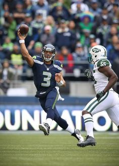 Week 10 - Russell Wilson on the move vs Jets