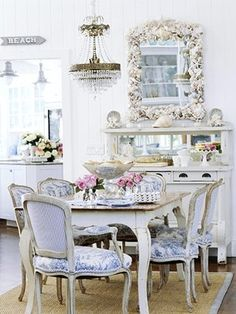 Quite possibly most gorgeously glam, yet simultaneously serene, beach inspired dinning room ever. #beach #cottage #home #decor #summer #shabby #chic #shells