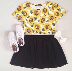 Classic black skirt outfit idea for spring 2014,Daisy Shirt & Black Skirt
