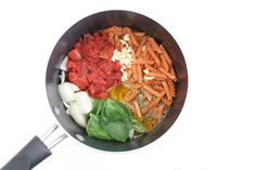 One Pot Lentil Pasta, about 11 min simmer then added in spinach and basil Veggie Recipes, Whole Food Recipes, Vegetarian Recipes, Cooking Recipes, Healthy Recipes, Dinner Recipes, Skinny Recipes, Jambalaya, Clean Eating