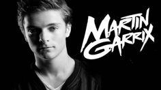 Martijn Garritsen. Maar de meeste kennen hem natuurlijk als Martin Garrix!!!