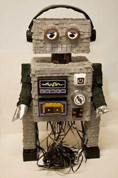 Piñatas~robot Piñata
