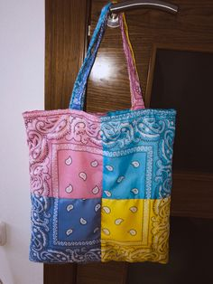 Diy Tote Bag, Diy Purse, Reusable Tote Bags, Fashion Sewing, Diy Fashion, Sewing Clothes, Diy Clothes, Tods Bag, How To Make Clothes