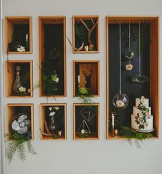 Rustic cubby decor. Desert Table. Cakes. Flowers. Fruits. Wooden boxes and black background Decor. Ethereal woodland Wedding. #desserttable